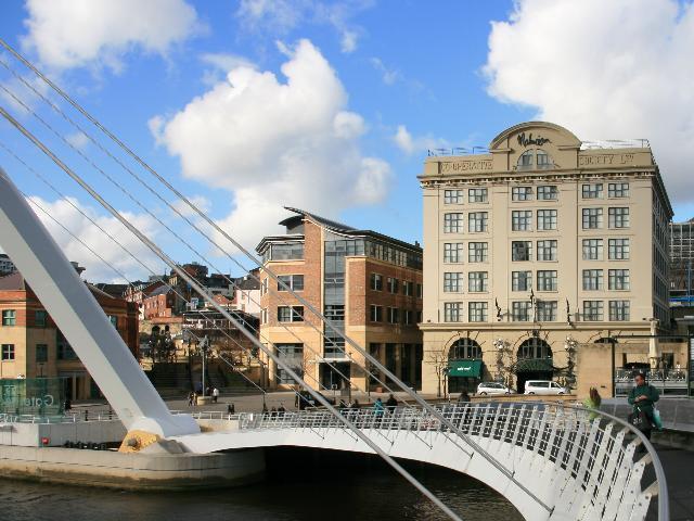 Hotels Near Newcastle City Hall
