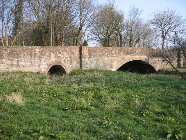 Bridge at Llong