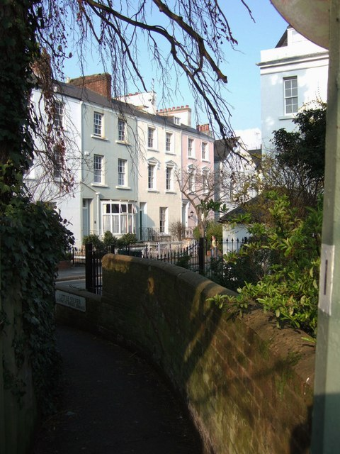 Queen 39 s terrace exeter derek harper geograph britain for Terrace exeter