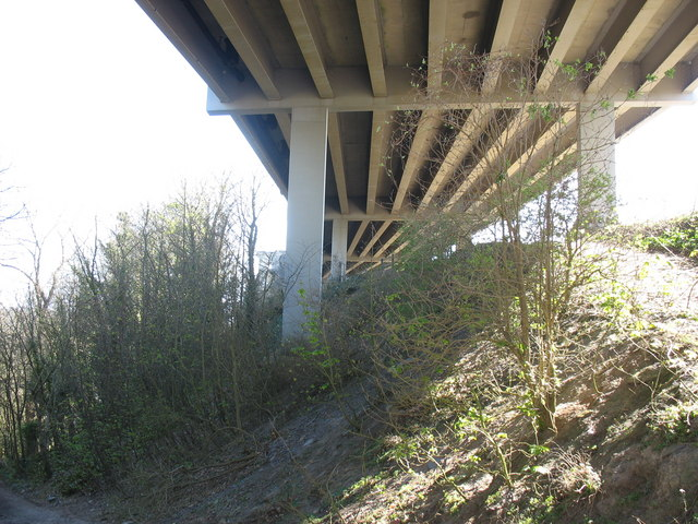 Below the upper, road, deck of Pont Britannia