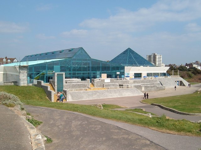 The pyramids southsea margaret sutton cc by sa 2 0 geograph britain and ireland for Pyramid swimming pool portsmouth