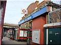 Dist:0.1km&lt;br/&gt;Royal Oak Tube Station on the Hammersmith and City line