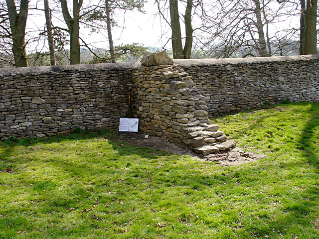 Dry stone wall, cross-section