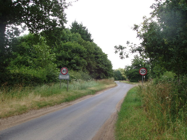 Road through Croxton