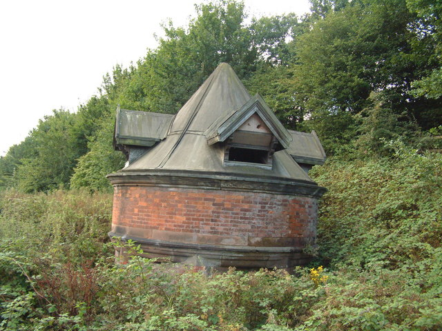 Old Sale >> Sale Old Hall Dovecote C Jeff Tomlinson Geograph Britain And