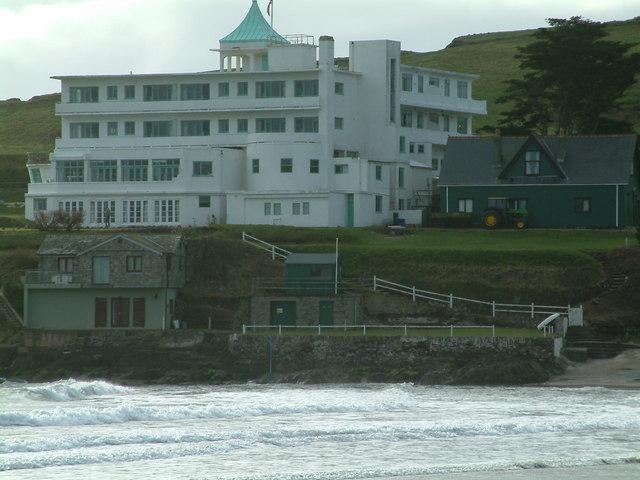 Burgh island hotel burgh island robin lucas cc by sa 2 for Art deco hotel devon