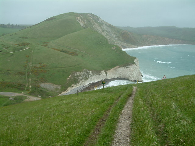 http://s0.geograph.org.uk/photos/41/47/414792_e571581d.jpg