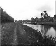 SU1962 : Wootton Rivers Bottom Lock No 51, and Wootton Rivers Bridge, Kennet and Avon Canal by Dr Neil Clifton