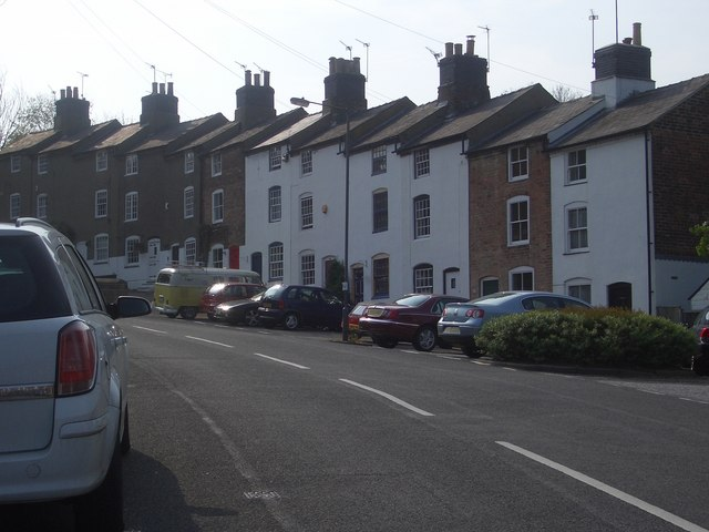 Old mill workers' cottages, Mile Ash Lane