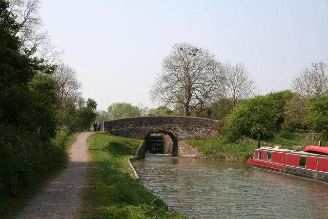 Bedwyn Church Bridge and Lock No 64, Kennet and Avon Canal