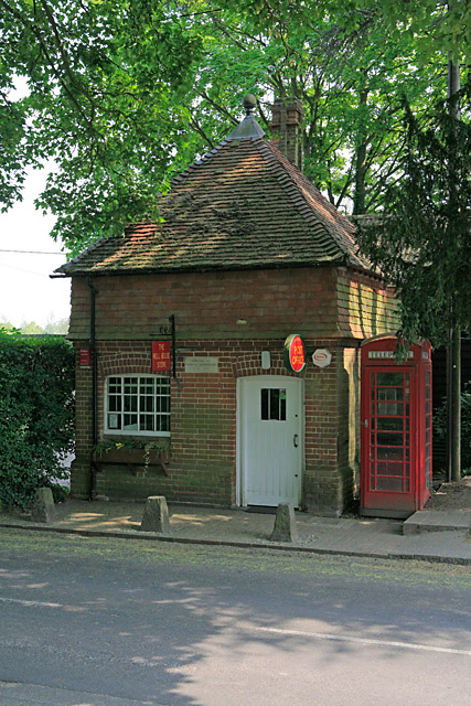 Post Office and Well House store, Sparsholt