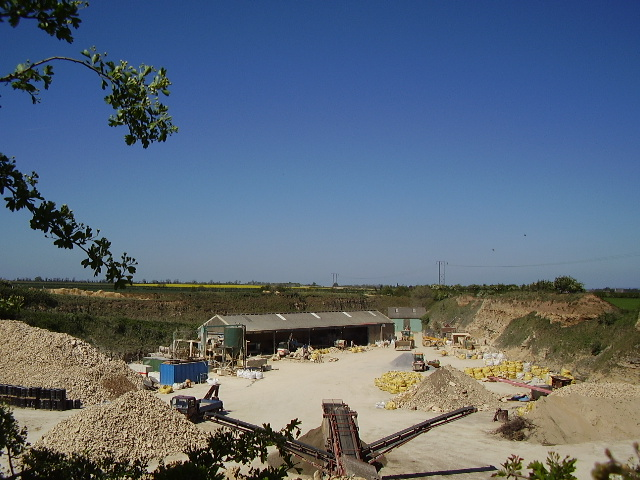 Metheringham Quarry - through a gap in the hedge