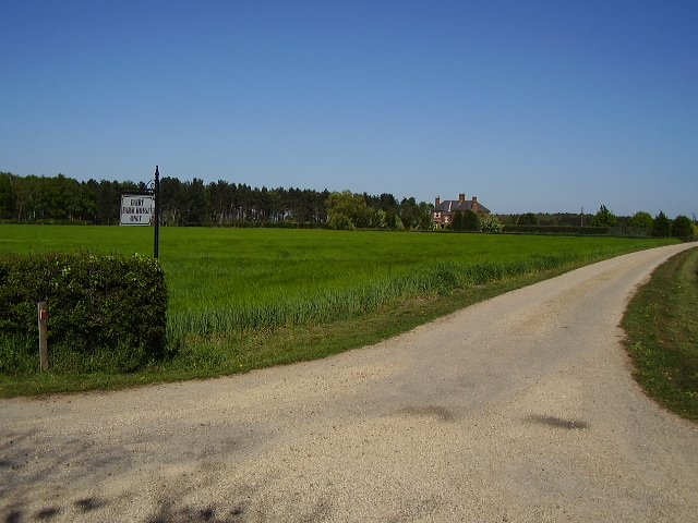 Track to Dairy Farm House - Barff Farm