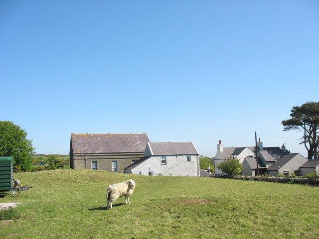 Capel a Neuadd Gymunedol Brynrefail Chapel and Community Hall