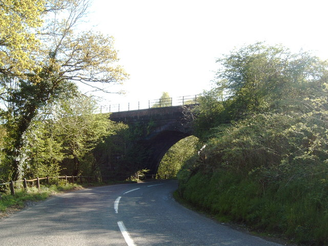 Railway bridge over the A702