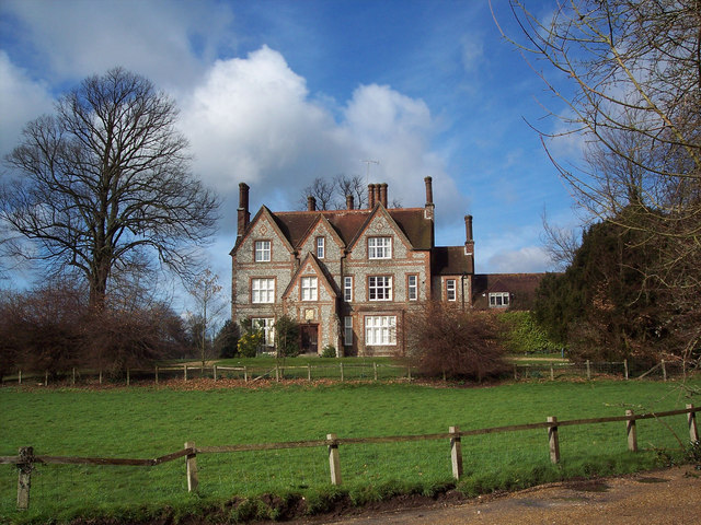 Brick And Flint House In Chilgrove Maigheach Gheal