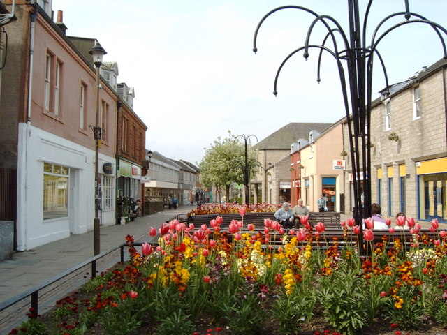 Penicuik pedestrian shopping area