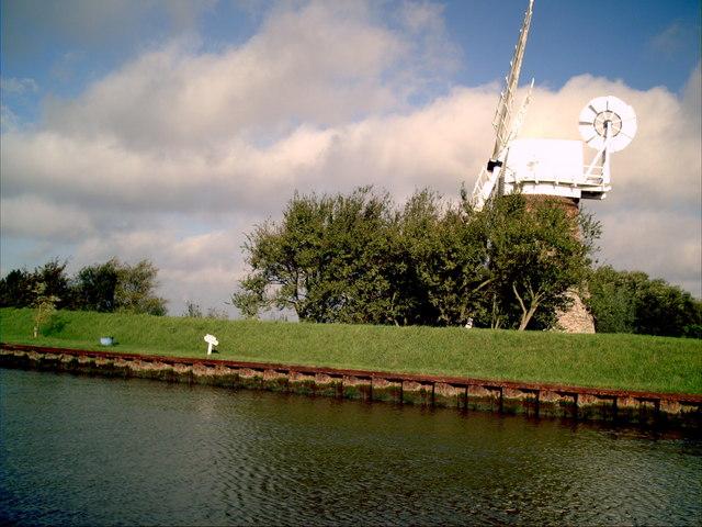 Mautby marsh wind pump