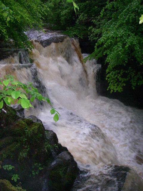 Afon Clydach: Rhaeadr Isaf
