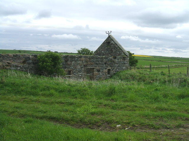 Ruined cottage at Middle Hythie