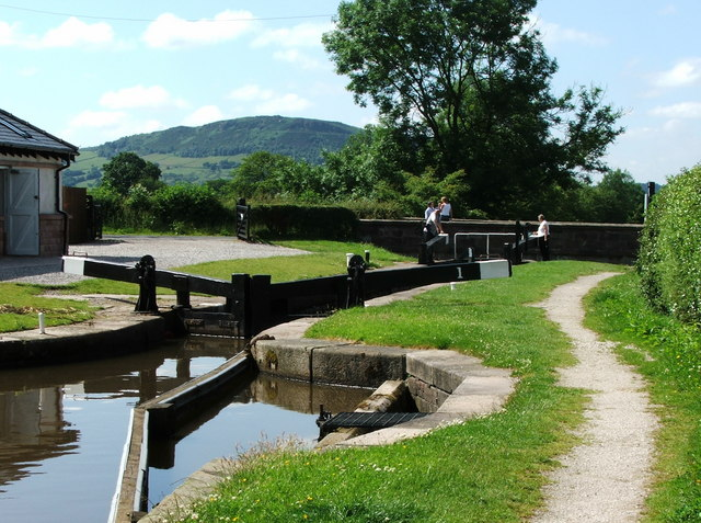 Lock 1, Macclesfield Canal near Bosley - 2005