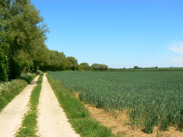Footpath near Kempsford, Gloucestershire