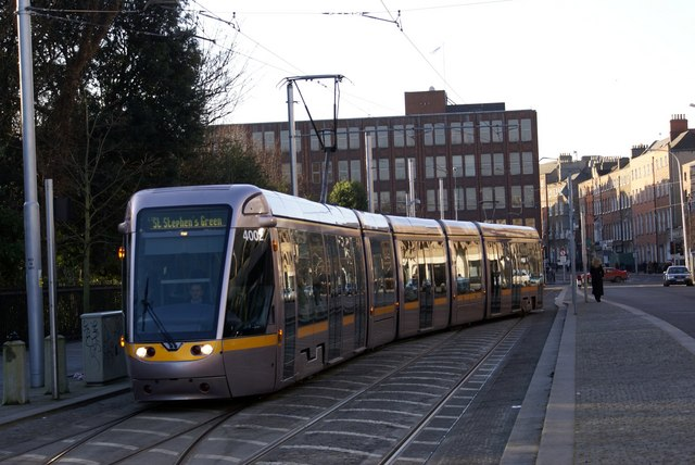 Luas Tram at St Stephen's Green