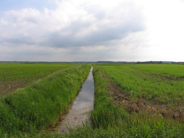 Draining the fens:: OS grid TL3283 :: Geograph Britain and Ireland ...