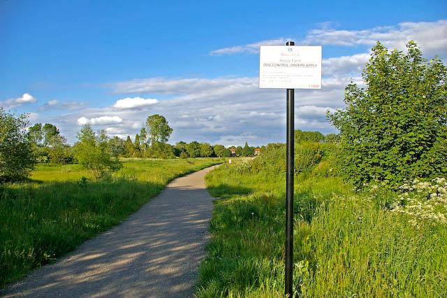 Cycle path at Hardy Farm