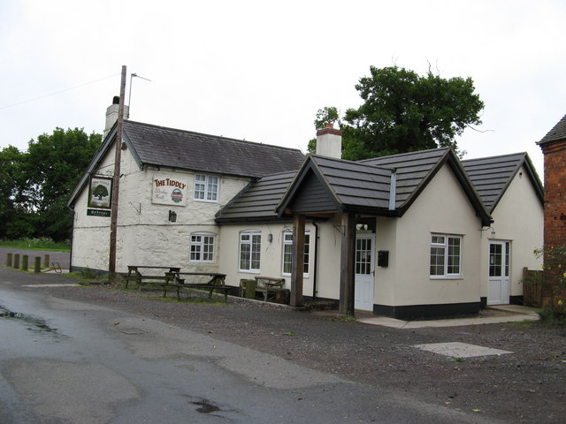 The Tiddly Pub