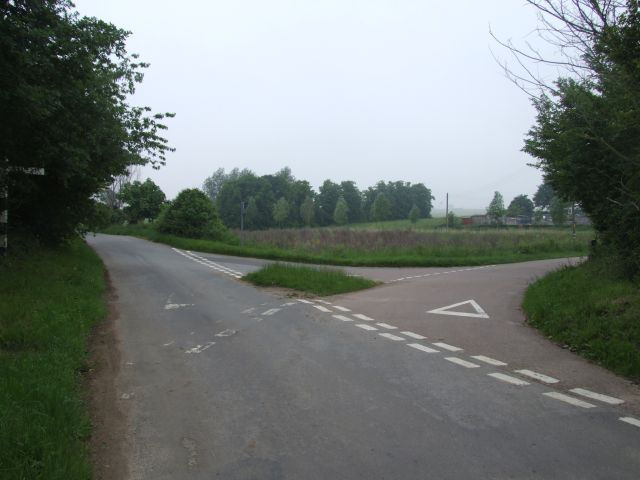 Junction on Cross Stone Road near Avenue Farm