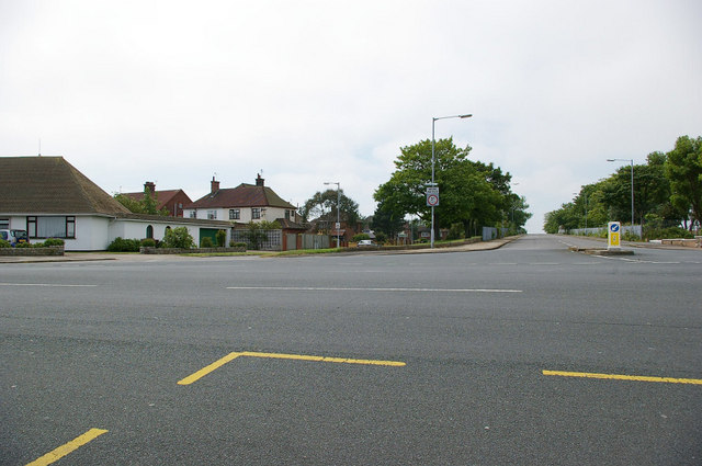 Barnard Avenue off North Drive - Great Yarmouth