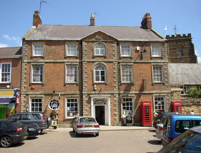 Post office towcester humphrey bolton geograph britain and ireland - Great britain post office ...