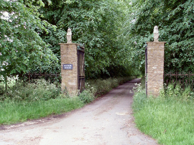 Manor House gateway
