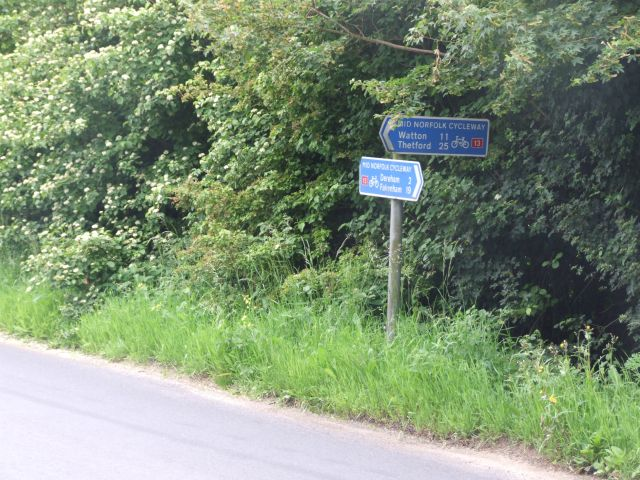 Signpost On National Cycleway No.13