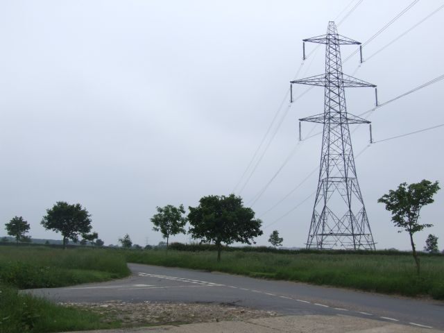 Pylon at Junction, Bradenham Lane.