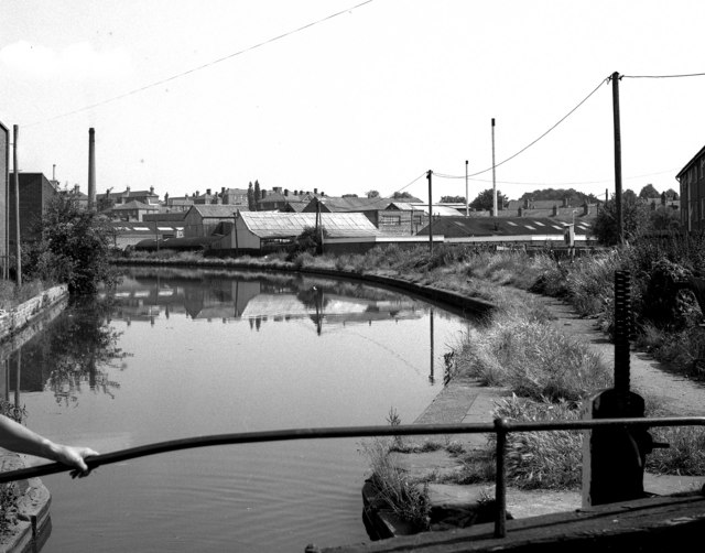 Worcester and Birmingham Canal above Blockhouse Lock No 4