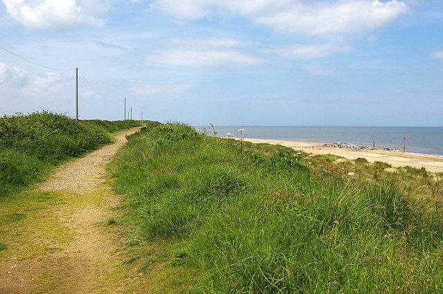 Upper Footpath - North of Caister