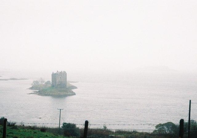 Portnacroish: Castle Stalker in a horrid drizzle