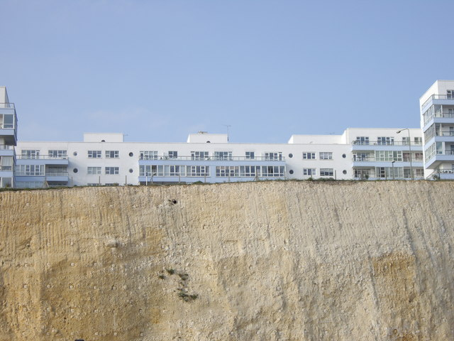 There'll be bluebirds over, the white cliffs of..... Brighton