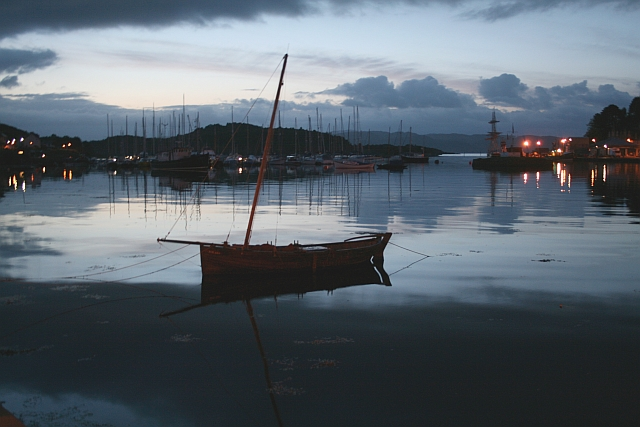 Tarbert Quay at First Light.
