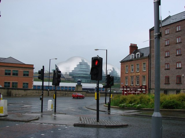 The Waterline Public House, Newcastle, with The Sage, Gateshead in the background.