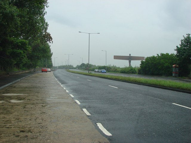 The A167 southbound, approaching The Angel of The North.