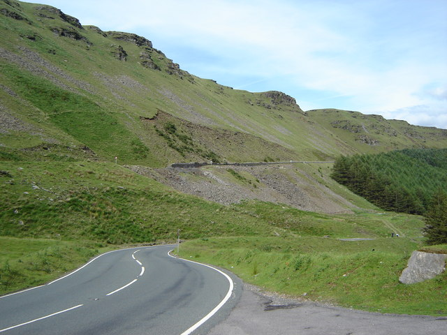 A4061 just before, and just after, a big hairpin bend.