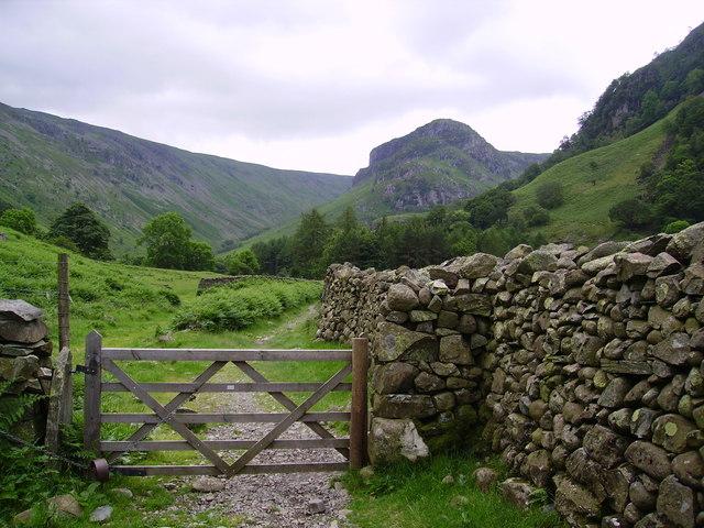 Wall and Gate, Stonethwaite