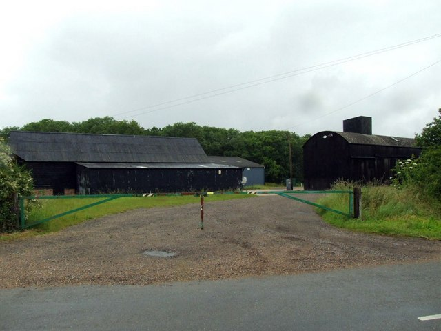 Farm buildings at Wood farm