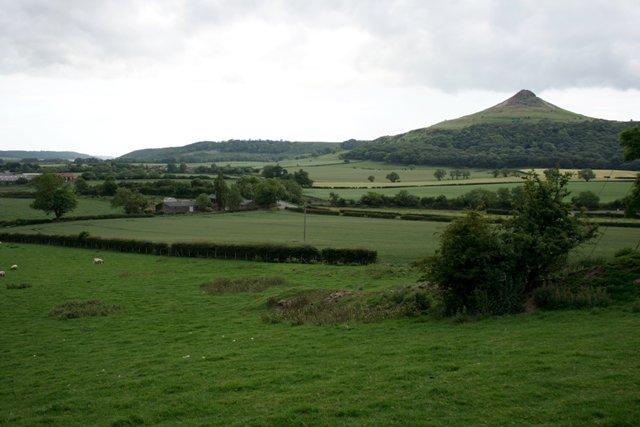 Fields North of Langbaurgh Ridge