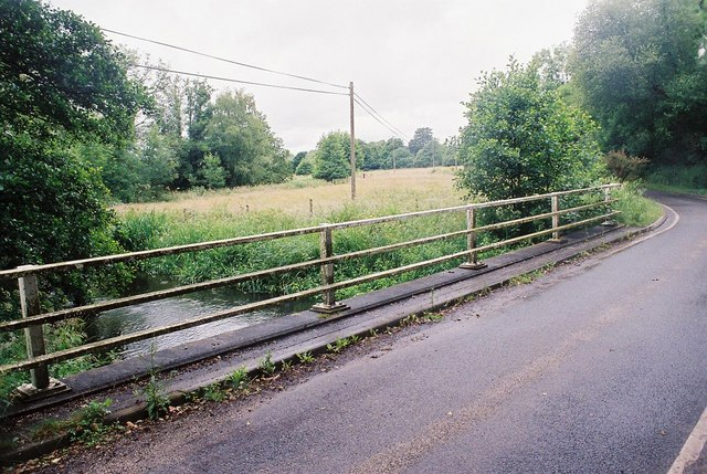 Hyde: bridge over the Piddle
