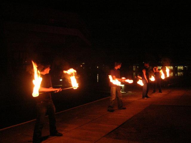 Woodstock 2007 - Juggling fire