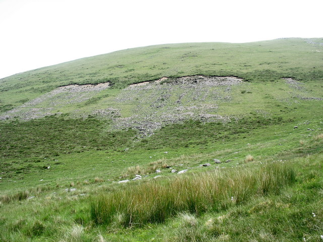 Screes above Cwm y Dolau